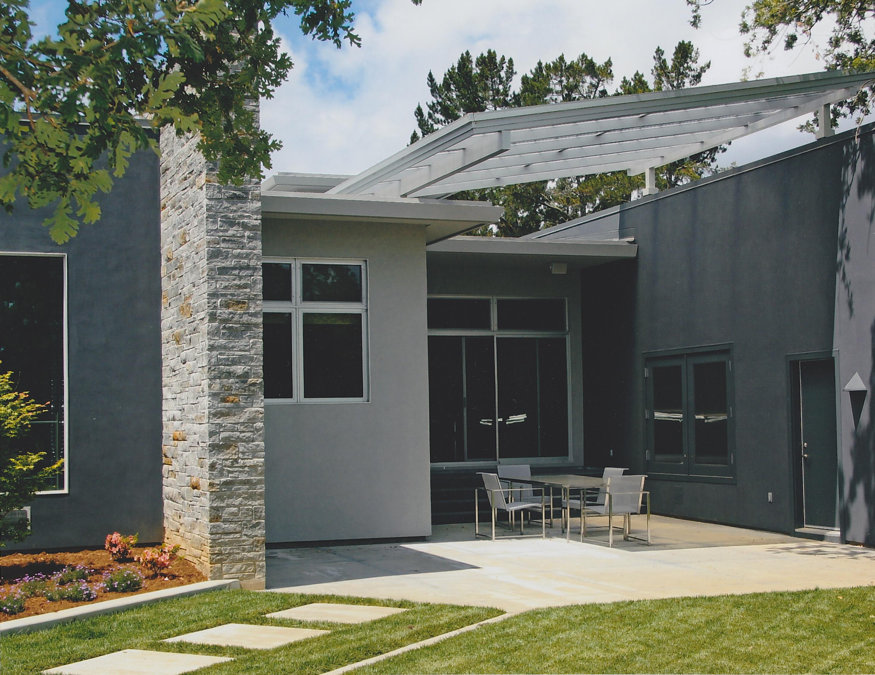 Modern Style Residence